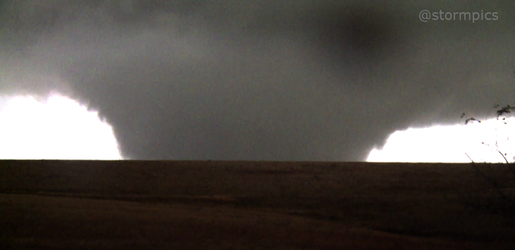 November 2015 High Plains tornado outbreak was rare and historic for ...