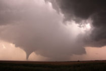 A tornado at dusk near La Crosse, Kansas on May 25, 2012. (Ian Livingston)